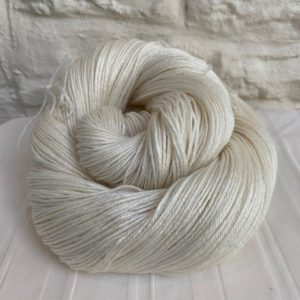 Undyed BFL Silk 4-ply Yarn