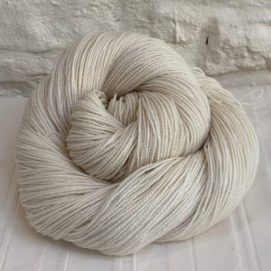 Undyed BFL Sock Yarn